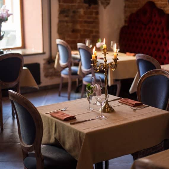 Restaurant/Conferences