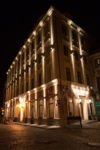 Hotel Justus - Night Facade 5